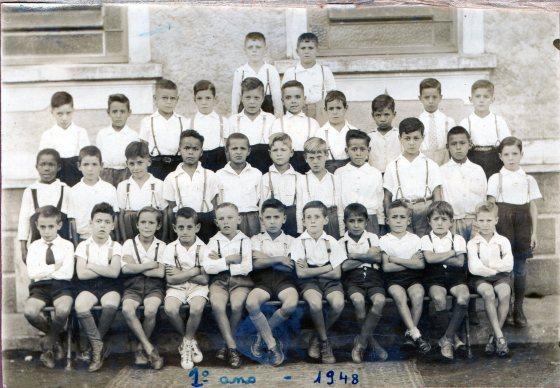 002. Sérgio no Grupo Escolar Orestes Guimarães - 1o Ano