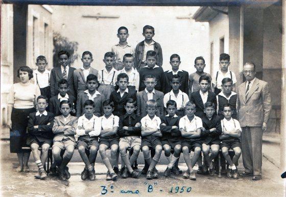 004. Sérgio no Grupo Escolar Orestes Guimarães - 3o Ano B