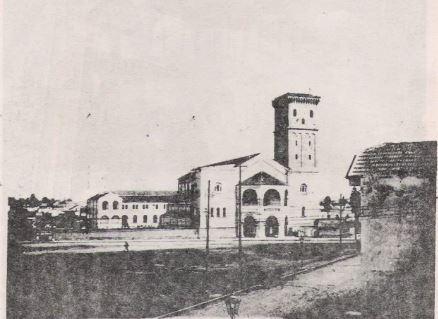 construção das torres